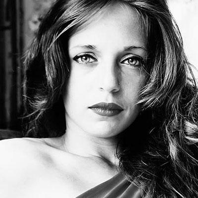 Elisa Parisi <br> Livello I <br> Tel: 346 4999391 <br> Mail: elisa.sakakoly@gmail.com <br> Genova